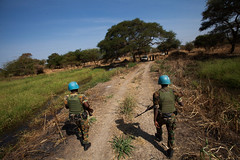 Abyei: Communities in Limbo (Albert Gonzalez Farran) Tags: abyei un unitednations army military militarypatrol patrol patrolling peacekeepers protectionofcivilians security soldiers tribalconflict troops abyeitown southsudansudan