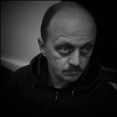 DSC_1382 (Dmitry_Ryzhkov) Tags: life street city autumn light portrait people urban blackandwhite bw man bl