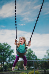 flying high (Francesca Russell) Tags: playground lila riddersduckpond