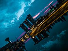 Singapore (Le Zenits) Tags: skyscraper marina sunrise bay singapore amanecer singapur rascacielos 日出 摩天大楼 新加坡