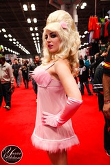 NYCC 2014 (Yassir KetchuM) Tags: new york city nyc costumes costume comic cosplay babes convention hotgirls con fembot austinpowers cosplayers nycc newyorkcomiccon phtogoraphy yassirketchum comiccon2014 negativestacey newyorkcomiccon2014
