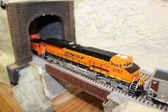 Carquinez Model Railroad Society (CaliforniaRailfan101 Photography) Tags: amtrak sp uboat ge wp bnsf southernpacific modeltrains crockettca sp4449 emd californiazephyr atsf westernpacific burlingtonnorthernsantafe es44dc sd70m f7a atchisontopekasantafe c449w bnsfrailway ac4400cw c418w b328wh carquinezmodelrailroadsociety