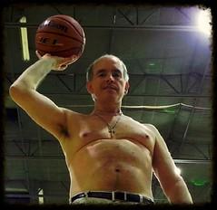 MM free throws 10 5 2014 Q5 (Monte Mendoza) Tags: freethrow basketball shirtless armpit underarm axila wilson cross noshirt sincamisa man guy dude hombre sanschemise nipple homme uomo pecho malechest