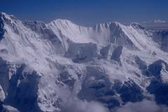 Cho Oyu, aerial (Jos Rambaud) Tags: nepal snow mountains inflight snowy nieve aerial tibet glacier snowcapped summit himalaya montaa range glaciar himalayas cordillera montaas aerea cumbre chooyu yetiairlines turquoisegoddess mahalangurhimal diosaturquesa