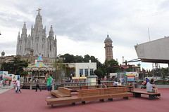 "Día del Tibidabo • <a style=""font-size:0.8em;"" href=""https://www.flickr.com/photos/66680934@N08/15519777392/"" target=""_blank"">View on Flickr</a>"