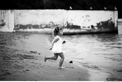 342 - Run to the sea! (Ata Foto Grup) Tags: sea blackandwhite beach girl turkey child little türkiye running run istanbul shore littlegirl deniz çocuk sahil kız kumsal rumelikavağı sarıyer siyahbeyaz sealove koş koşu kızçocuğu koşma denizsevgisi denizaşkı