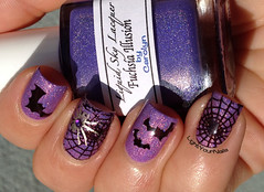 Halloween nail art (Simona LightYourNails) Tags: purple nails thermal nailart holographic nailstamping indienails liquidskylacquer