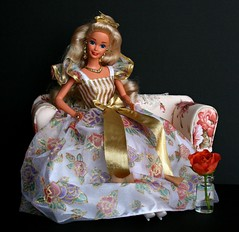 Ribbons & Roses Barbie (Emily-Noiret) Tags: ribbons roses barbie mattel vintage doll gold flowers blonde