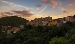 Sassetta, Tuscany (urbanexpl0rer) Tags: sassetta tuscany italy village mountain countryside houses oldtown dawn