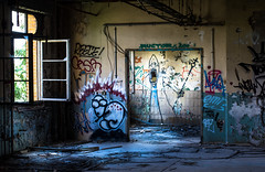 _DSC0948 (Under Color) Tags: leipzig graffiti lost places urban exploring leipsch walls