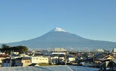 Train View of Mt. Fuji (2016) (jpellgen) Tags: nikon sigma d7000 1770mm japan japanese nihon nippon travel november 2016 autumn fall shinkansen train rail jr tokaido fujisan mountfuji mtfuji mountain mountains landscape