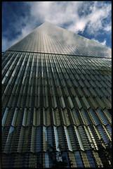 Freedom Tower, 1 World Trade Center (OQ62) Tags: freedom tower freedomtower leica leicam6 ttl zeiss 28mm f28 zm zeiss28mmf28zm prime newyorkcity nyc worldtradecenter wtc fuji pro 400h film analog fujipro400h epsonv700