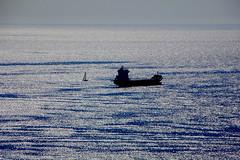Spagna 18 (pjarc) Tags: europe europa spagna spain espana malaga 2016 travel viaggio nave ship mare sea mediterraneo mediterranean acqua water cielo sky orizzonte riflesso reflex nikon d40 dx nofullframe lens zoom nikkor 18200mm