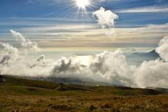 """""""In tutte le cose della natura esiste qualcosa di meraviglioso"""" Aristotele (norella.giorgia) Tags: natura montebaldo italy montagna nuvole clouds sun sole nature nikon d5500 prato grass sky lagodigarda"""