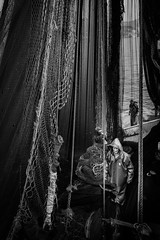 Trawlnet fishing in Bosphorus (Mustafa Selcuk) Tags: 16mm balikteknesi beykoz fishing fujifilm gırgır istanbul turkey xpro2 yellowfin trawlnet black blackandwhite bnw bw siyahbeyaz bosphorus trol monochromatic monochrome