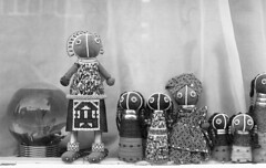 African dolls (Arne Kuilman) Tags: pentax k1000 ilford xp2 blackandwhite film scan 50mm 50mmf14 analogue analoog amsterdam nederland netherlands dolls poppen africa afrika african