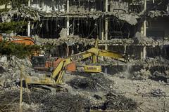 CrestWoodMallDemolition_SAF7515 (sara97) Tags: constructionequipment copyright©2016saraannefinke crestwoodmall demolition heavyequipment missouri outdoors photobysaraannefinke saintlouis