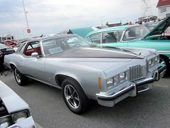 1976 Pontiac Grand Prix (splattergraphics) Tags: grandprix pontiac carshow 1976 oceancitymd endlesssummercruisin
