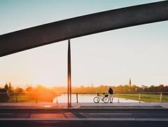 Sunset Watch (Philipp Götze) Tags: street autumn sunset people fall dresden sonnenuntergang herbst waldschlösschenbrücke