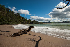 Whale Bay (Guldenfels-photos) Tags: new sunset beach night sunrise bay coast am nikon zealand whangarei tutukaka matapouri i d700
