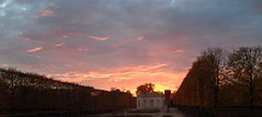 Tramonto a Versailles (Rana Saltatrice) Tags: sunset beautiful tramonto magic versailles romantic atmosfera