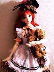 Which way to the rabbit hole? (Kitsuna Ri) Tags: doll sd ann sakura bjd luts delf abjd aliceinwonderland dollheart