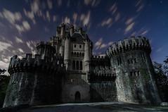 Butron Night (BIZKAIA) (Jonatan Alonso) Tags: longexposure castle night clouds nightscape castillo