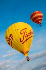 Balloons Old Buckenham-55.jpg (+Pattycake+) Tags: sky hot yellow balloons flying air efs1855mm skywards oldbuckenham upandaway