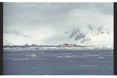 1998_12-006-05-G (becklectic) Tags: antarctica 1998 iceberg icefloe views100 antarcticpenninsula worldtrekker