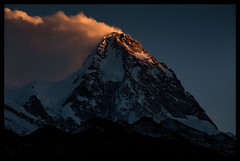 Dusk on K2 (8611m) (doug k of sky) Tags: china ri doug east k2 xinjiang province fend turkestan chogori chogo mountainscapes kofsky qogori