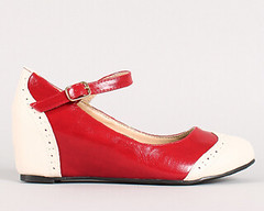 "two tone mary jane oxford wedge 100 red white • <a style=""font-size:0.8em;"" href=""http://www.flickr.com/photos/64360322@N06/15535315536/"" target=""_blank"">View on Flickr</a>"
