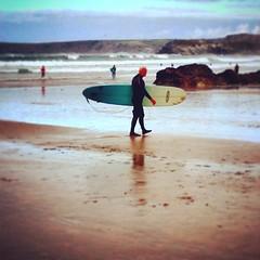 Senior surfer (billy dog daws) Tags: cornwall surf board newquay oldman surfboard falmouth oldboy kernow seniorlad