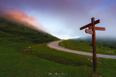 Pol-Pol (Mimadeo) Tags: signpost sign landscape path post hiking mountain wooden direction mountains nature symbol arrow track trail explore road information way choice guidepost urkiola rocky rock peak sunset fog foggy mist misty spain basquecountry paisvasco euskadi durango durangaldea