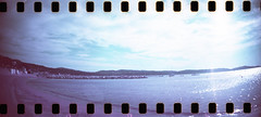 film (La fille renne) Tags: film analog 35mm lafillerenne sprocketrocket lomography lomochrome lomochromepurple lomochromepurplexr100400 purple sea beach travel roadtrip panorama cavalaire