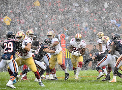 American football in the snow (Q Win) Tags: win field soldier winter action play snow december 49ers sanfransisco bears chicago american football league national nfl