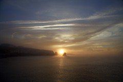 Freshwater Bay at Sunrise (Martin P Perry) Tags: freshwater bay freshwaterbay sea coast sunrise dawn daybreak clouds