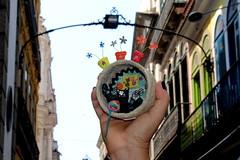 Family (* Cláudia Helena * brincadeira de papel *) Tags: papelmache papermache papiermachè papel paper gato gatos cat cats cláudiahelena arcodoteles cor cores atelie alegorias amor love handmade flores flor lar home lã brasil brazil instagram