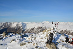 DSC_6406 (nic0704) Tags: scotland hiking walking climbing summit highlands outdoor landscape hill mountain foothill peak mountainside cairn munro mountains glencoe glen coe buachaille etive mor beag stob dubh raineach loch snow ice winter ridge