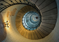 Eckmhl winding (berny-s) Tags: lighthouse winding eckmhl bretagne architecture stair