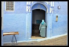 Ti aspetto - Wait for you - Te espero (Dedalomouse Photos) Tags: door azul for you morocco porta wait marocco porte te marruecos ti azzurro chefchouen espero chouen aspetto dedalomouse