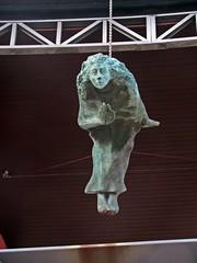 The Gatekeeper (Bricheno) Tags: sculpture statue scotland glasgow escocia szkocja gatekeeper gorbals schottland scozia cosse mattbaker heisenberg newgorbals thegorbals  esccia   bricheno dandubowitz kidstonterrace scoia