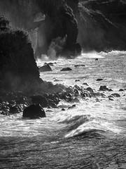 Santana 2 (Paul und Lotte) Tags: sea bw cliff portugal meer surf waves sw santana madeira steilküste wellen atlantik klippen brandung nordküste