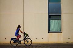 ValenBike (Garaygreen) Tags: valencia girl bike canon eos rebel university chica bicicleta riding universidad t3 upv politecnica 1100d valenbisi canont3 canoneos1100d canon1100d rebelt3