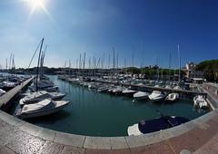 Il Porto  Desenzano del Garda (violalantana) Tags: italien italy boote porto blau hafen sonne desenzano lagodigarda sommertag