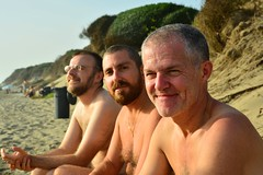 Beach boys (mikael_on_flickr) Tags: gay friends male men beach strand naked nude nu handsome husband guys nackt naturism trio amici spiaggia franco hommes mnner massi nudismo naturismo vincenzo hombres nudism beachboys nudo desnudo trinit uomini naturisme marito naturists nudisme bellissimi nudisti naturisti nudisits