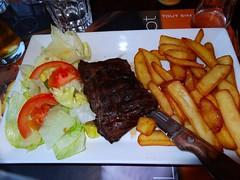 Entrecôte avec pommes frites-Sony HX20 (Preskon) Tags: nature salad beef montpellierfrance