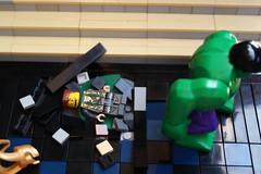 loky vs hulk (peter-ray) Tags: comics movie dc lego hero figure hulk marvel diorama avengers avenger spase shifi suer loky minifigur