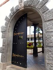 """Cour de l'Université de science et de politique • <a style=""""font-size:0.8em;"""" href=""""http://www.flickr.com/photos/113766675@N07/15435904866/"""" target=""""_blank"""">View on Flickr</a>"""