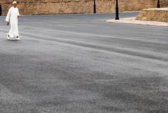 rabat | single, white, male (knipserkrause) Tags: maroc asphalt marokko rabat