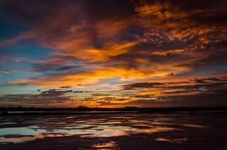 orange and blue: así en la tierra como en el Cielo | on earth as in Heaven: azul y naranja